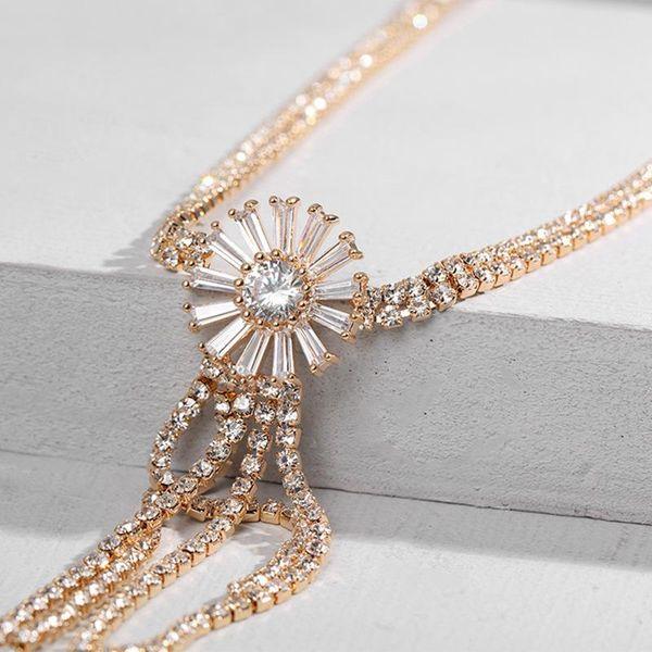 New Diamond Snowflake Necklace Simple Zircon Jewelry Alloy Diamond Flower Clavicle Chain NHLL194612