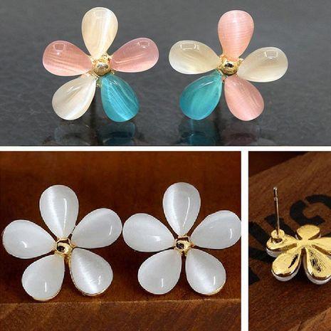 Aretes de flores de ojo de gato de moda pendientes de flores de cinco pétalos dulces para mujer NHCU194809's discount tags