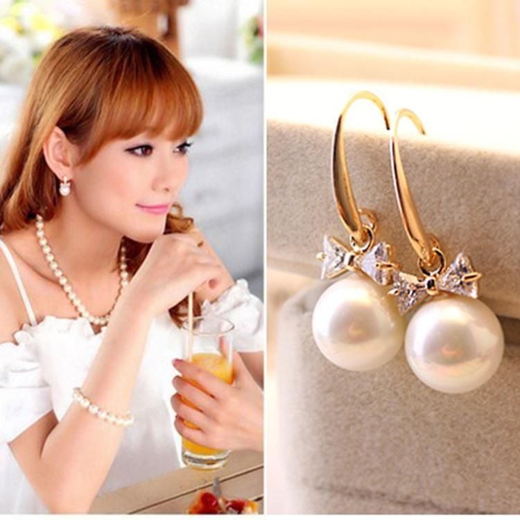 Fashion ear jewelry flash diamond bow earrings large pearl zircon earrings womens earrings NHCU194856