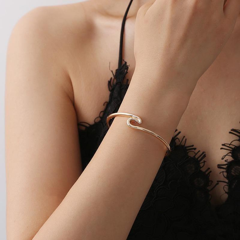 Bracelet Metal Wave Open Bangle Woman NHCU194897