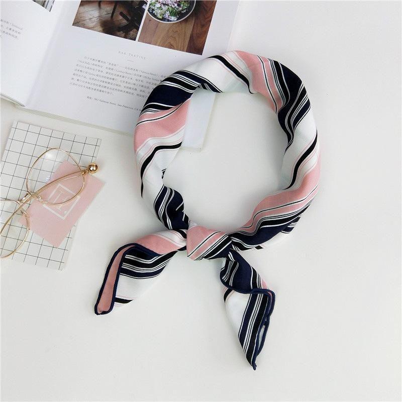 Bufanda cuadrada pequeña, nuevo regalo de impresión, turbante a rayas de azafata coreana NHMN195172