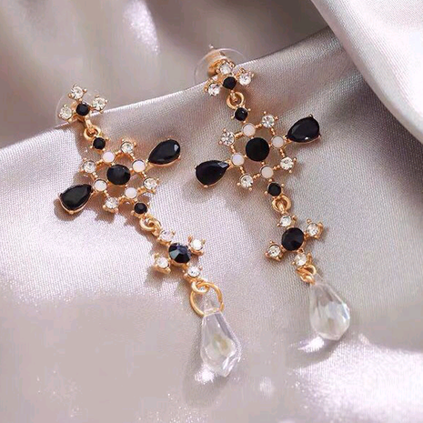 925 Silver Pin Korean Fashion Sweet OL Baroque Cross Temperament Earrings NHSC191703's discount tags