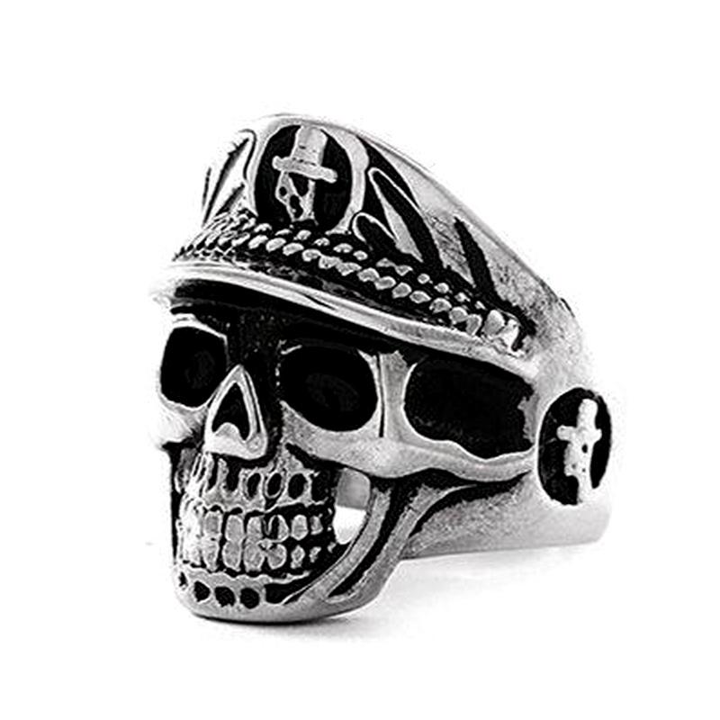 Gorra militar de acero de titanio para hombres Anillo de calavera grande de policía NHIM191534