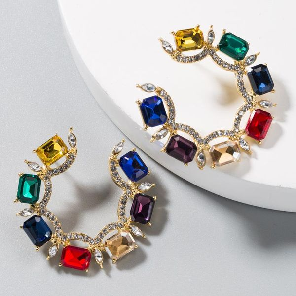Aretes de aleación con textura Aretes en forma de C con diamantes de imitación de color NHLN191690