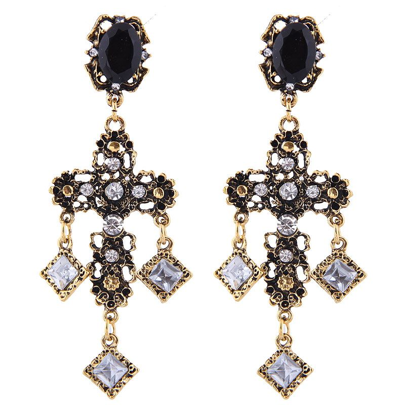 European and American fashion metal simple retro court cross temperament exaggerated earrings NHSC191980