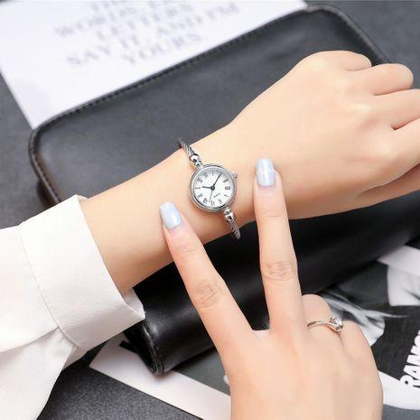 Estudiante mujer pulsera pequeña reloj reloj de cuarzo literal romano NHSY191864's discount tags