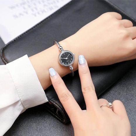 Estudiante simple reloj de pulsera decorativo de cuarzo pequeño  NHSY191881's discount tags