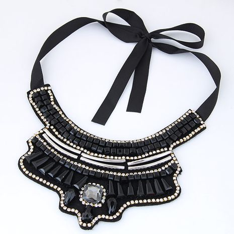 Tendance de la mode européenne et américaine simple cristal sauvage magnifique collier de collier de mode NHSC191961's discount tags