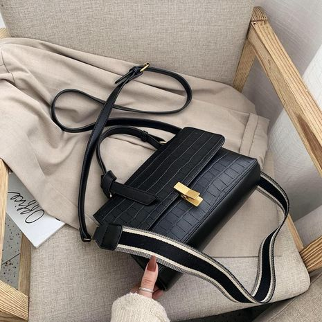 Large-capacity bag female new Korean version of crocodile tote bag broadband shoulder messenger bag NHXC192241's discount tags