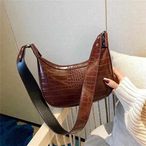 Winter new women's bag retro semi-circular crescent crocodile shoulder bag NHXC192249's discount tags