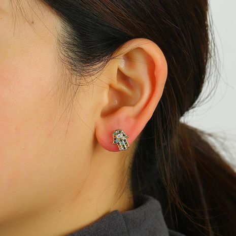 Fashion old palm earrings female original popular copper jewelry wholesale NHKQ192349's discount tags
