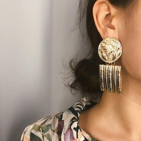 Simple color spray painted metal earrings female round embossed geometric square tassel earrings NHXR192418's discount tags