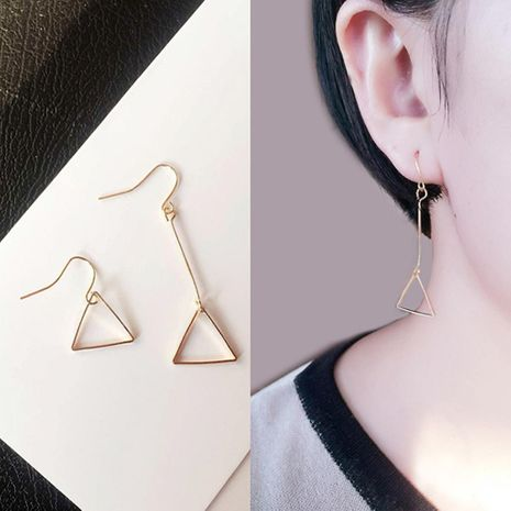Minimal Geometric Openwork Round Triangle Asymmetric Earrings NHCU192641's discount tags