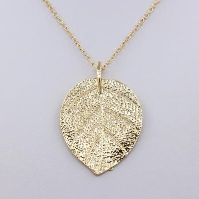 Necklace vintage tree leaf pendant necklace female clavicle chain golden leaf necklace wholesale NHCU192659's discount tags
