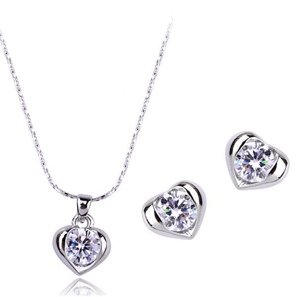 Stylish and exquisite love light inlaid with AAA zircon luxury jewelry set NHLJ193317