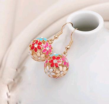 Boutique Korean delicate super beautiful flower cluster earrings NHSC193689