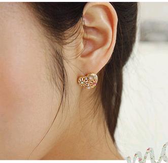 Aretes de amor de crisantemo dulce de moda coreana boutique NHSC193688's discount tags