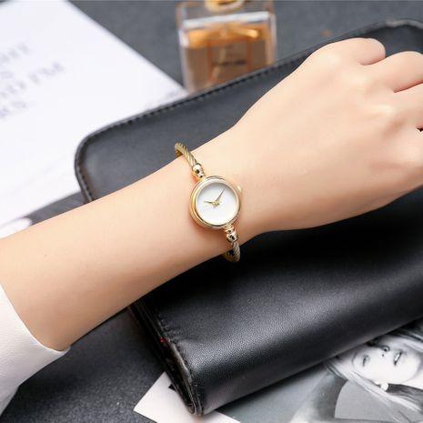 Mode dünnes Armband kleine glatte offene einfache Quarz Studenten Armband Uhr NHSS267361's discount tags