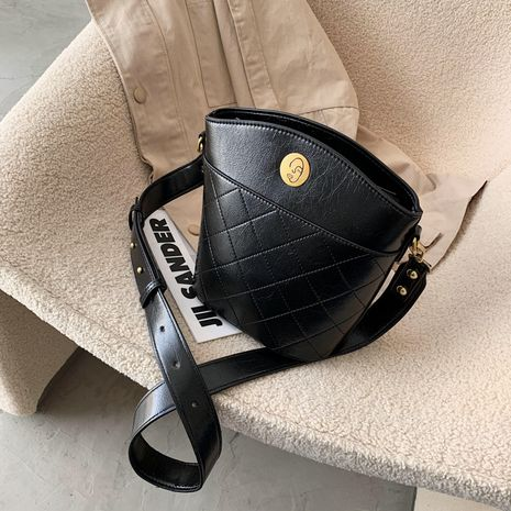 autumn new trendy fashion casual all-match messenger bucket bag NHLH267454's discount tags
