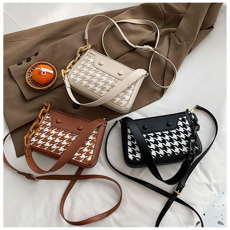 Korean Autumn and winter new fashion plaid one-shoulder armpit all-match messenger bag NHLH267466's discount tags