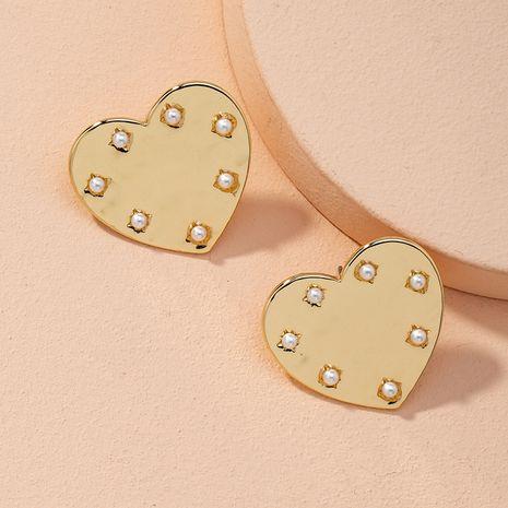 Nuevos pendientes en forma de corazón de aleación de perlas para mujeres coreanas en forma de corazón NHAI268217's discount tags