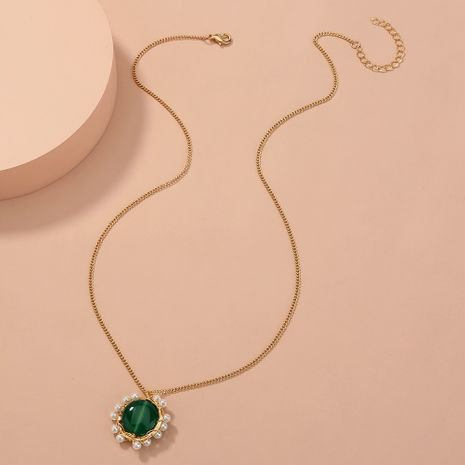 hot-selling green oblate natural stone pearl pendant simple and versatile elegant single-layer necklace NHAN268796's discount tags