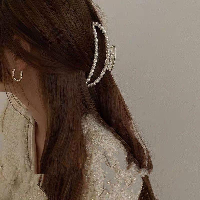 Korean Retro Metal Pearl Rhinestone Elegant Fashion Geometric Hairpin  NHYQ269401