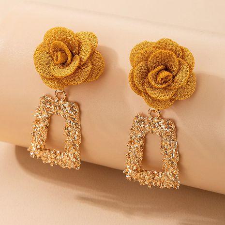 boucles oreilles carrées rétro fleur en trois dimensions en relief NHGY269550's discount tags