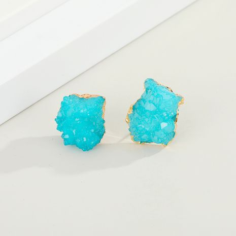 Nuevos pendientes de resina de piedra natural de imitación geométrica asimétrica de brote de cristal de imitación NHGO269611's discount tags