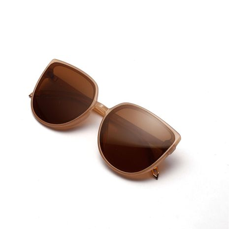cat's eye black retro big frame fashion sunglasses wholesale NHXU269866's discount tags