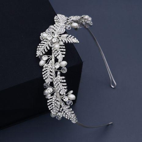 mode alliage feuille diamant à la main tête de perle fleur bandeau de mariage simple NHHS270302's discount tags