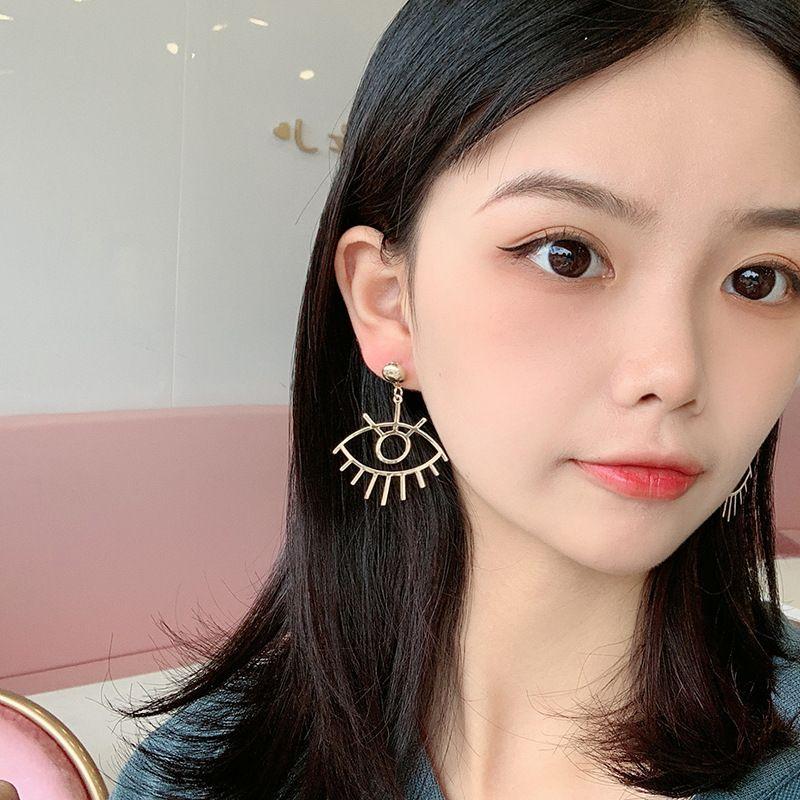 exaggerated eye earrings  NHRN270541
