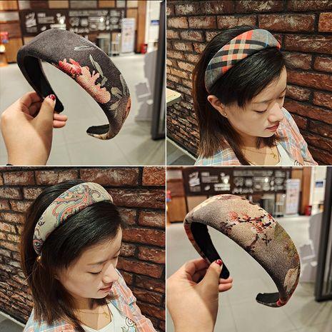 Korean fashion  ethnic deerskin velvet plaid headband  NHUX270918's discount tags