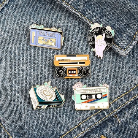 cartoon radio phonograph retro rock disc record tape pin brooch NHBO271453's discount tags