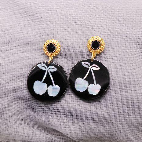 Boucles d'oreilles en argent avec motif de décoloration en feuille de résine ronde noire NHOM271524's discount tags