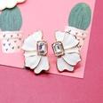 NHOM1197927-White-925-Silver-Stud-Earrings