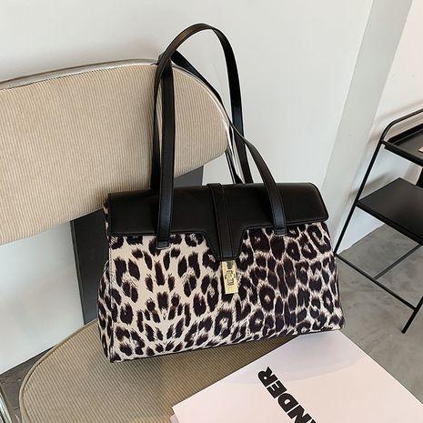 Bolso de mano portátil de hombro con estampado de leopardo de gran capacidad para mujer todo fósforo NHRU271604's discount tags