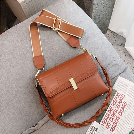 Simple and large-capacity women's autumn and winter fashion shoulder tote bag NHTC271691's discount tags