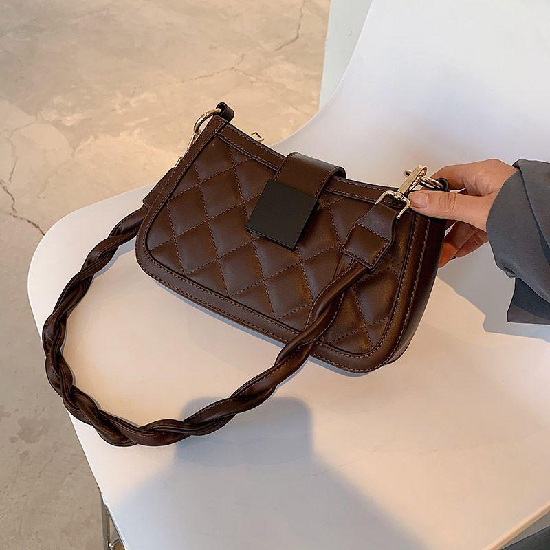Autumn and winter retro womens new fashion rhombus messenger oneshoulder armpit bag NHTC271701