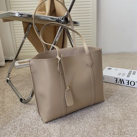 All-match large-capacity new fashion autumn and winter simple one-shoulder tote bag NHJZ271796's discount tags