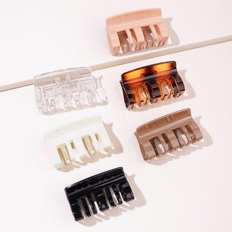 Épingle à cheveux tridimensionnelle coréenne transparente NHGE272107's discount tags
