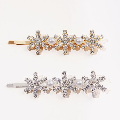 Horquilla de metal con diamantes de imitación de flores NHGE272111's discount tags