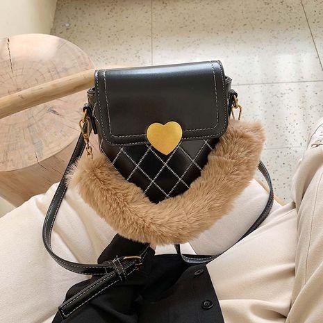 bolso de hombro tipo bandolera de piel romboidal con hilo de bordar NHJZ273199's discount tags