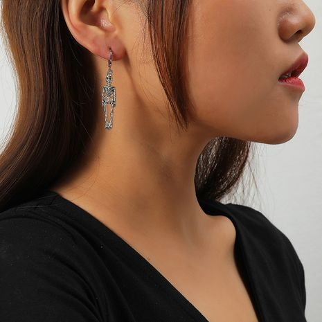 Retro hip-hop skull earrings  NHKQ273908's discount tags