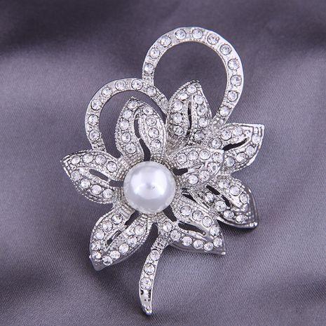 Broche pétale de diamant simple mode coréenne NHSC274485's discount tags