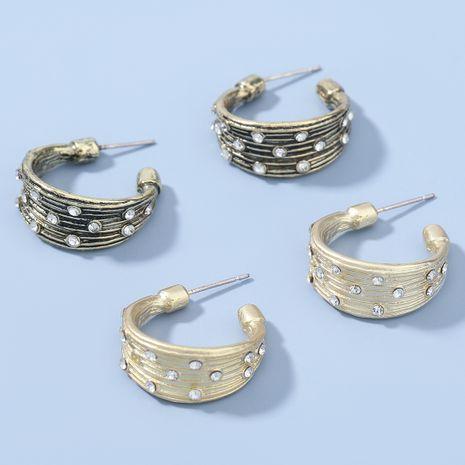 Boucles d'oreilles en alliage de mode en forme de C cloutées de diamants NHJE274780's discount tags
