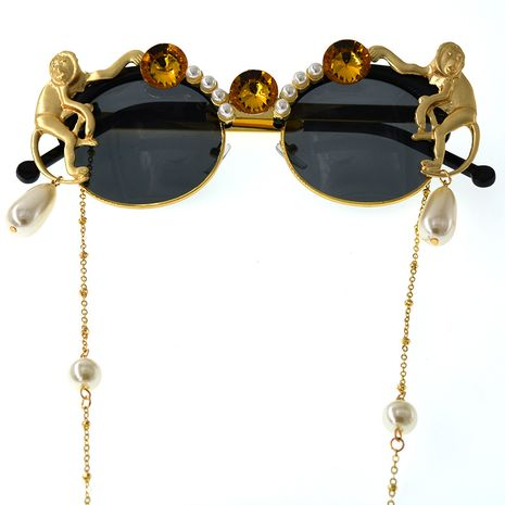 exaggerated plate carved monkey pearl crystal sunglasses  NHNT276049's discount tags