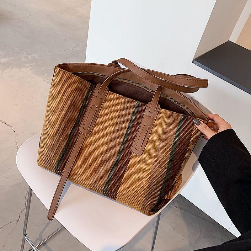 Korean  simple fashion handbag  NHLH276656