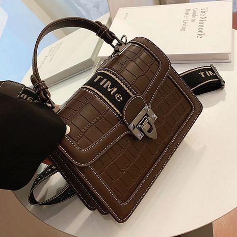 Neue trendige Mode All-Match One Shoulder Messenger Bag NHLH264968's discount tags