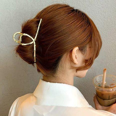 Koreanischer eleganter Hai-Clip NHYQ265224's discount tags